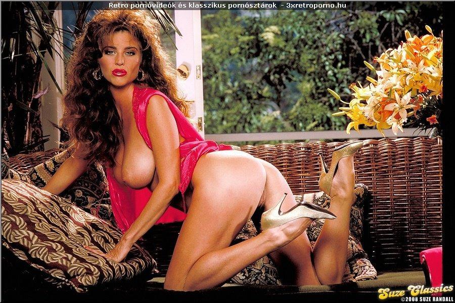 Retro erotika – Julia Parton