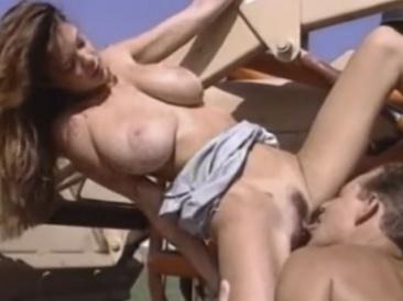 Paula Price - nagymellű vidéki lány baszás