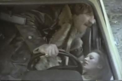 Szexrandi és baszás a Ford Fiesta-ban
