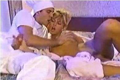 Anita Blonde - baszás a hotel szakácsával