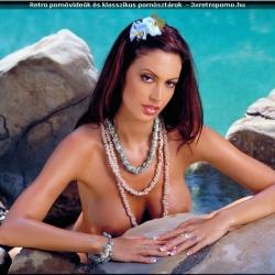 20151228 Retro pornó - Nikki Nova 110.jpg