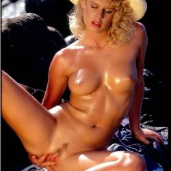 20150928 Retro pornó - Jamie Summers 108.jpg
