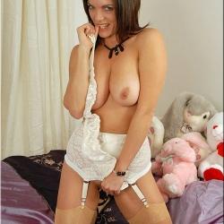 20151106 Retro pornó harisnya - Rebekah 108.jpg