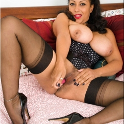 20150506 Retro pornó harisnya - Danica 115.jpg